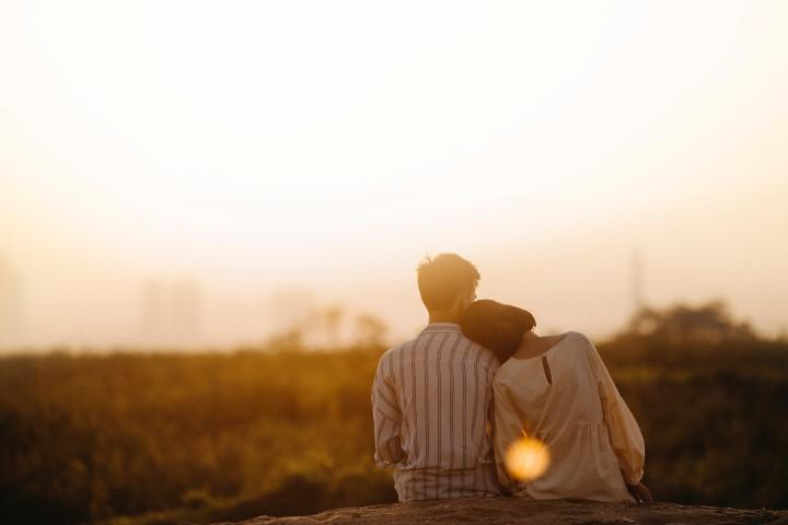 Hubunganmu Dengan Dia Semakin Erat