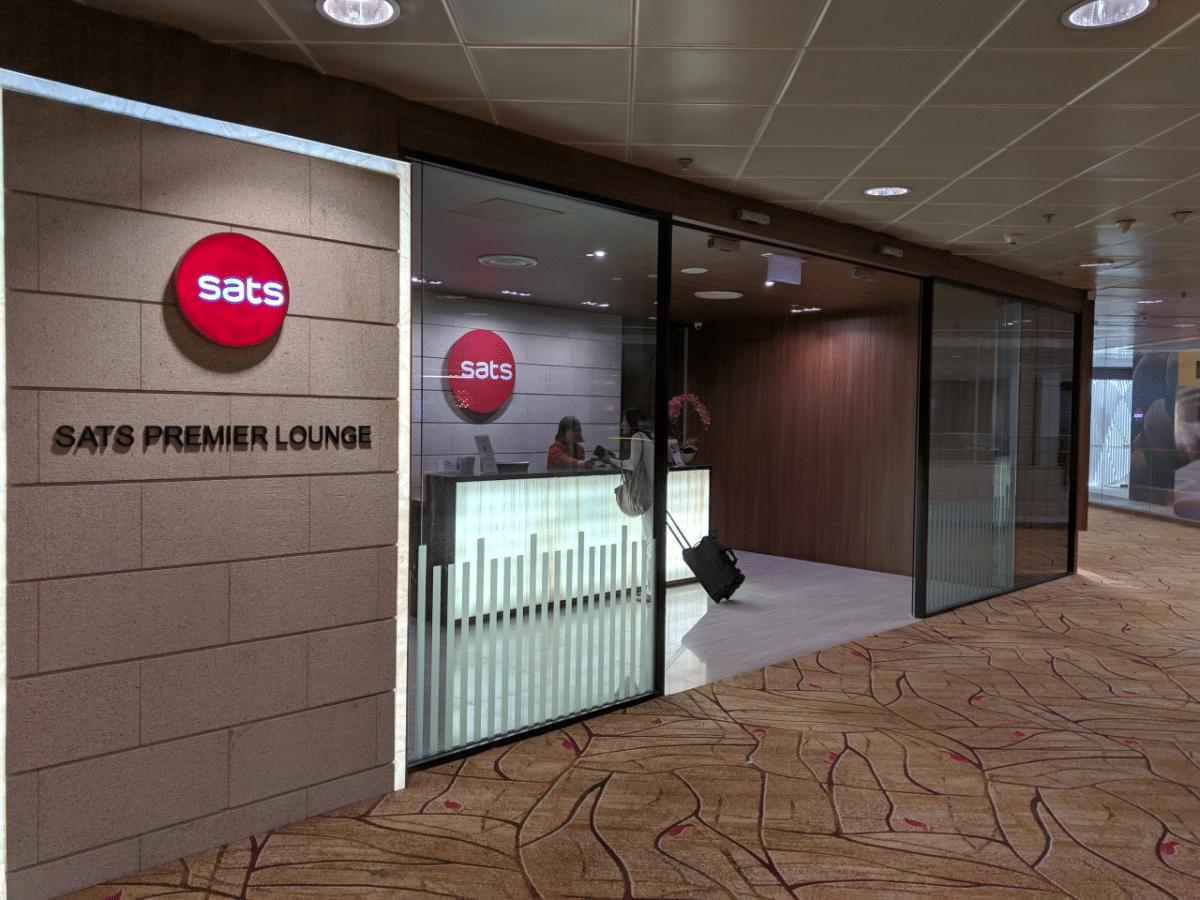 The entrance of SATS Premier Lounge T2