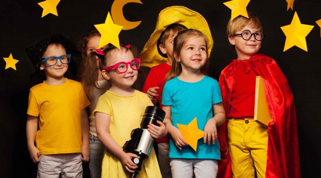 https://s3-ap-southeast-1.amazonaws.com/mindchamps-prod-wp/wp-content/uploads/2018/07/16211828/Kids-theatre.jpg