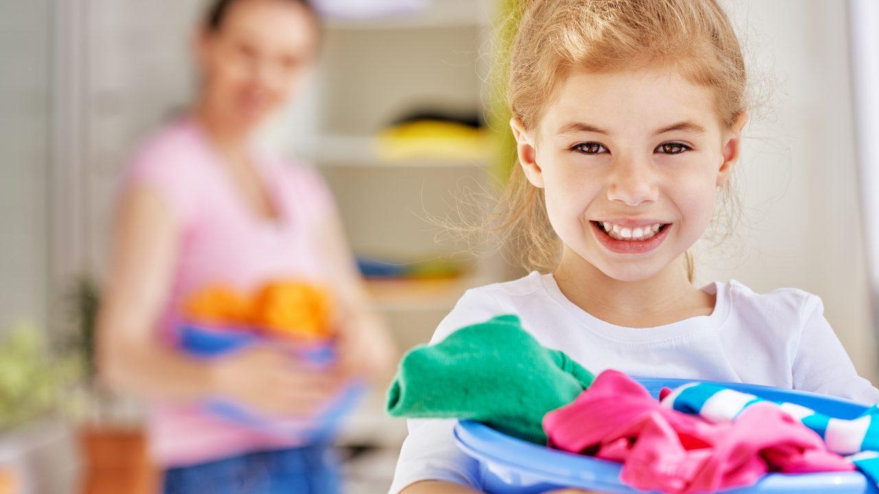 https://s3-ap-southeast-1.amazonaws.com/mindchamps-prod-wp/wp-content/uploads/2018/11/16215231/child-laundry-1280x720.jpg