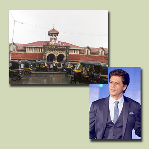 Shah-Rukh-Khan-Launches-Postage-Stamp-of-Bandra-Station