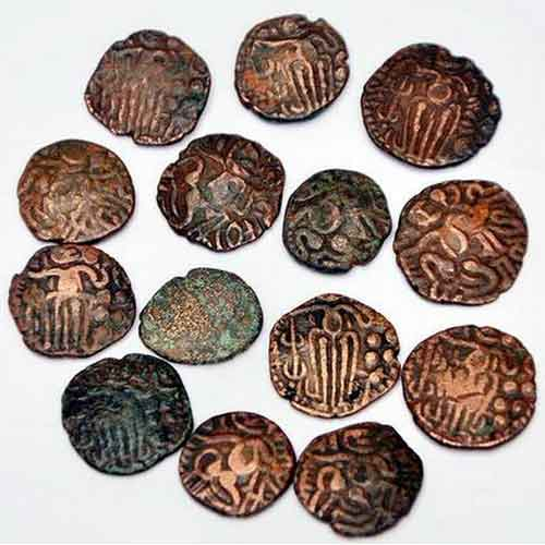 Students-from-Thirupullani-Build-an-Interesting-Collection-of-Pandia-and-Chola-Coins