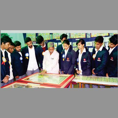 Highlights-at-Exhibition-of-Rare-Ancient-Coins-in-Mysuru