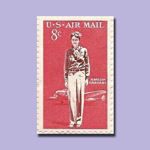 Amelia-Earhart-flies-solo-from-Hawaii-to-California