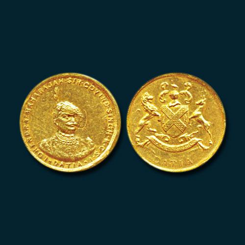 Datia-Gold-Half-Nazarana-Mohur-Sold-For-INR-3,00,000