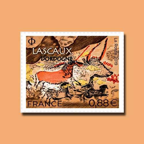 France-Post-Features-Lascaux-Cave
