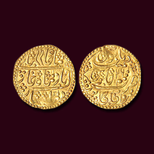 Gold-Nazarana-Mohur-of-Manak-Pal