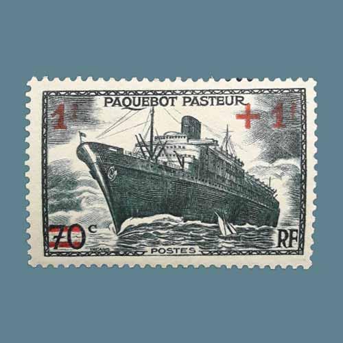SS-Pasteur-Ship-on-France-stamp