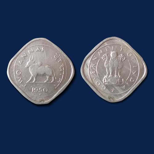 Two-Anna-coin-depicts-Bull-