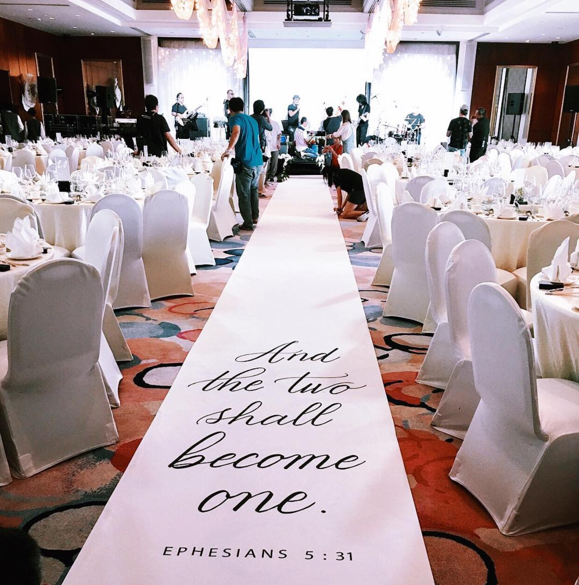 Creative ways to integrate your favourite quotes into your wedding calligraphy aisle runner junglespirit Images