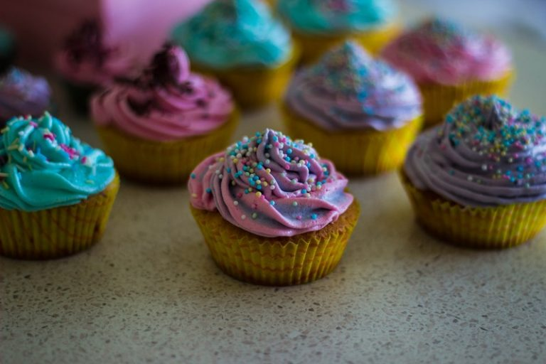 Bánh cupcake dễ thương, món quà phù hợp cho mọi dịp lễ