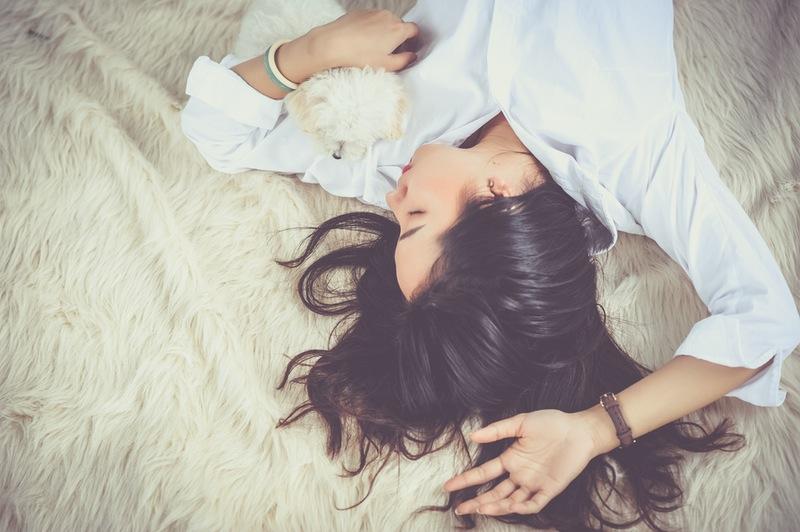 6 điều nên làm để có mái tóc đẹp sau khi ngủ dậy
