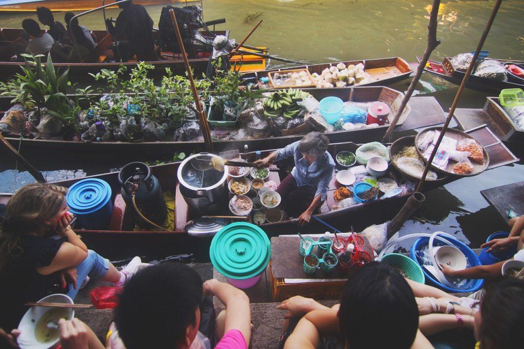 Về miền Tây trải nghiệm chợ nổi trên sông