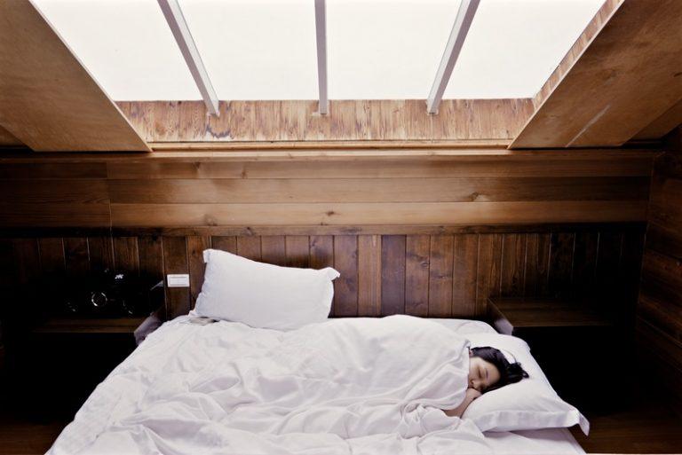 """""""Ngủ sạch"""" – cách chăm sóc sức khỏe hiệu quả từ giấc ngủ"""