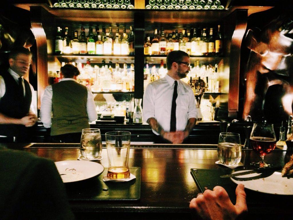 Giải stress với hội chị em tại top 5 quán bar ở Sài Gòn