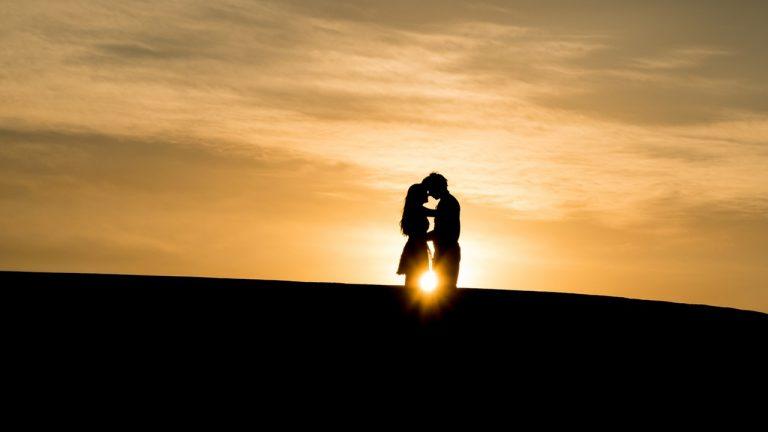 Chân trời đảo ngược – biểu tượng của tình yêu vĩnh hằng