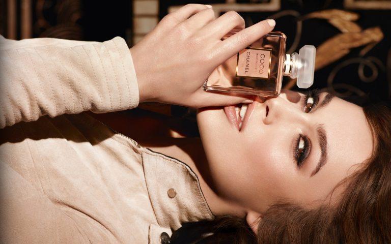 6 mùi hương giúp bạn ghi điểm từ buổi hẹn hò đầu tiên