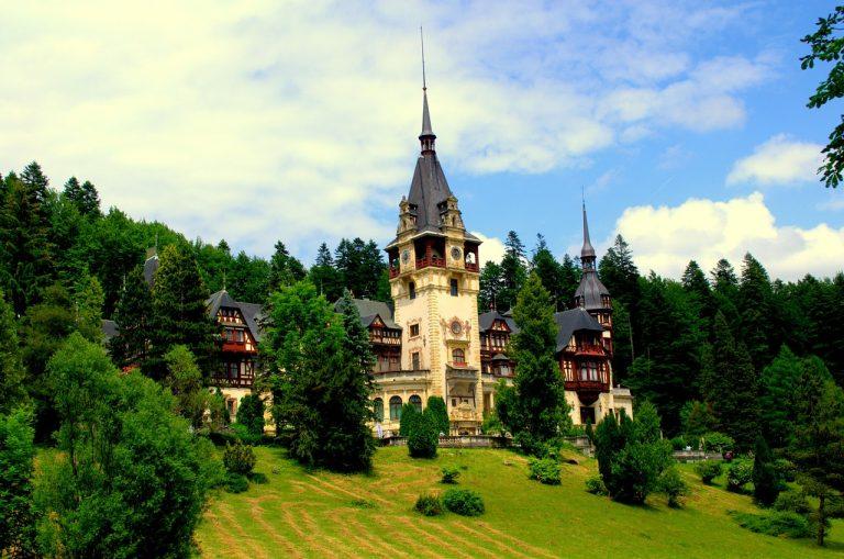 Nếu đến châu Âu, đừng quên ghé thăm 10 lâu đài này (Phần 2)