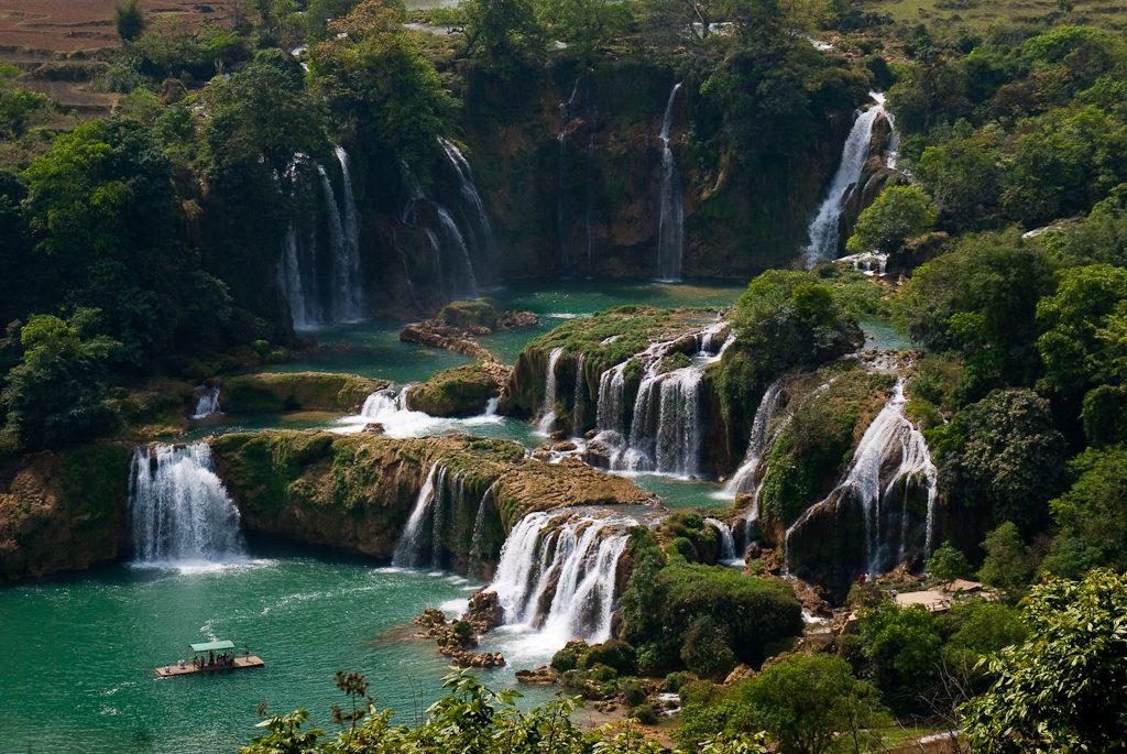 10 thác nước đẹp nhất nước ta dành cho dân mê phượt (Phần 2)