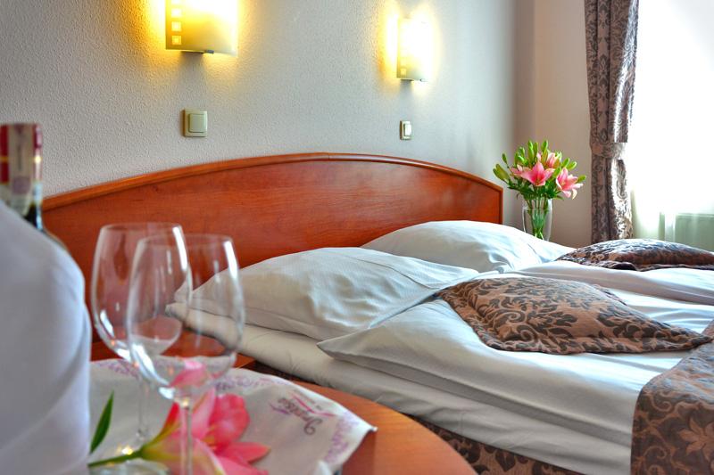 Đến mùa du lịch rồi, hãy lưu ý khi tìm khách sạn online