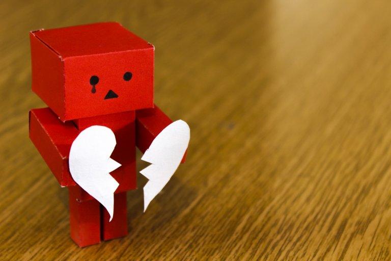 Vượt qua nỗi buồn thất tình với những mẹo sau