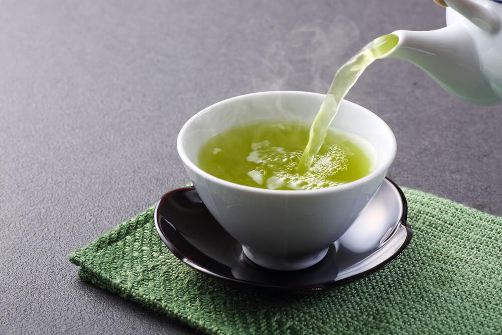 Uống trà xanh giảm cân: thế nào mới đúng?