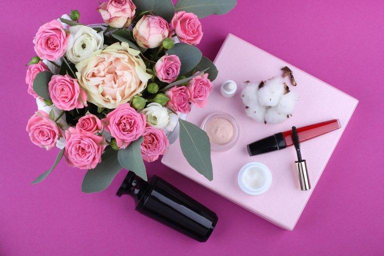6 loại mỹ phẩm mà phái đẹp không nên đầu tư quá nhiều tiền