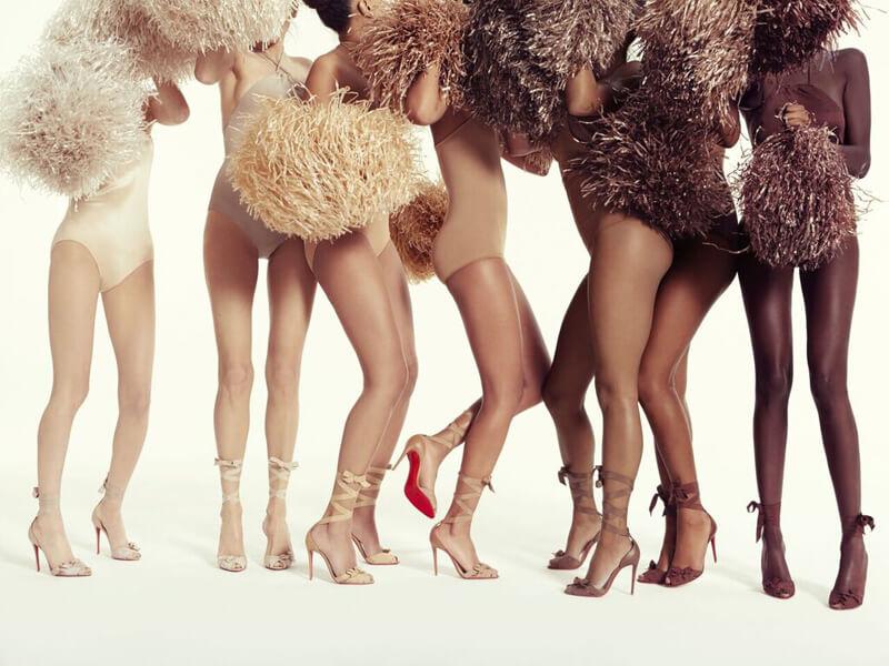 Bất chấp màu da với BST giày nude của Christian Louboutin