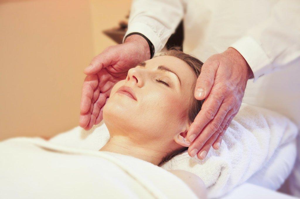 """""""Thưởng"""" cho làn da với 7 bước chăm sóc như ở spa (Phần 1)"""
