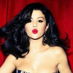 Bí kíp để có mái tóc đẹp của Selena Gomez