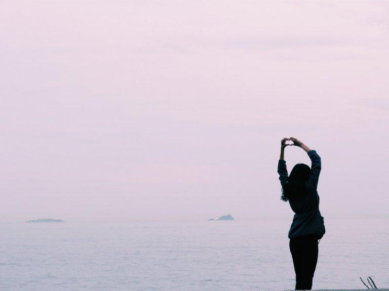 Tình yêu đơn phương: Làm sao để con gái có thể dứt bỏ?