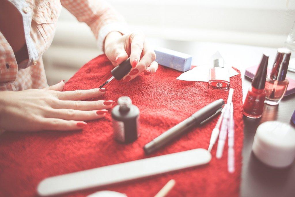 Con gái thích sơn móng tay phải nhớ những điều sau (Phần 2)