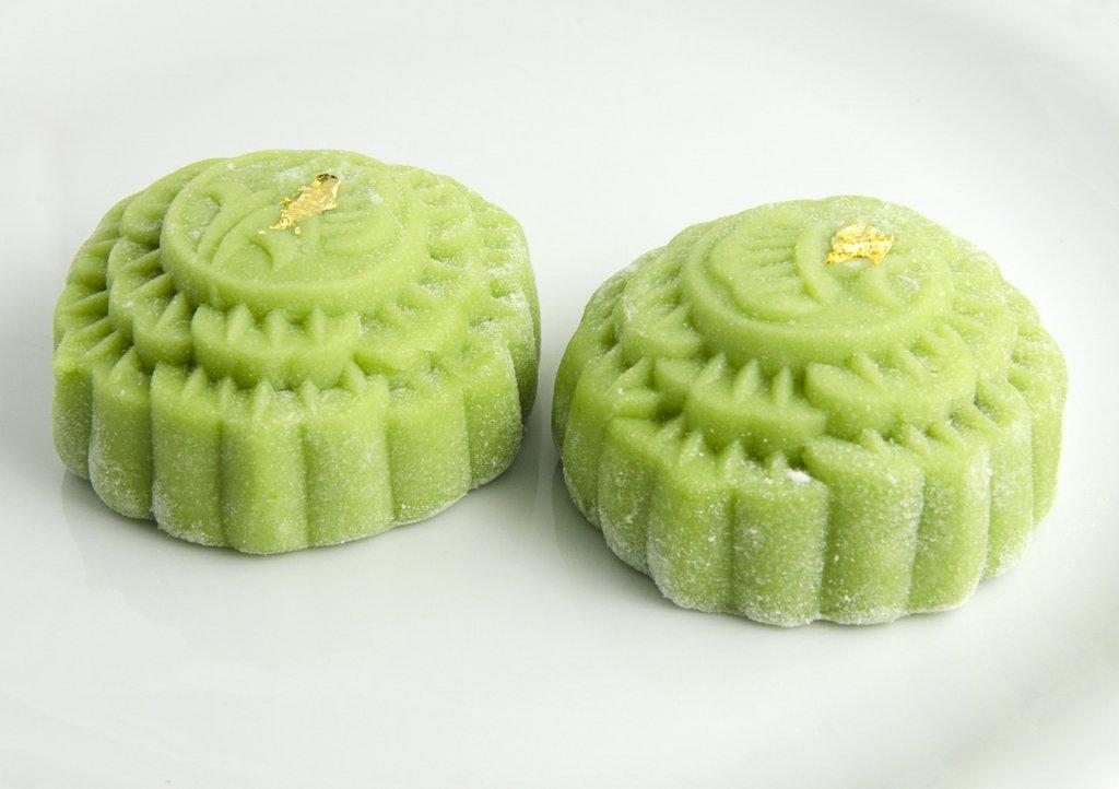 Mách bạn cách làm bánh trung thu trà xanh vừa ngon vừa đẹp