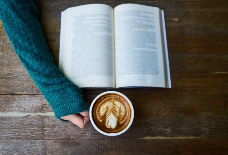 4 quyển sách đầy ý nghĩa, giúp con gái tuổi 20 bớt chênh vênh