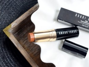 bobbi-brown-skin-foundation-stick-3