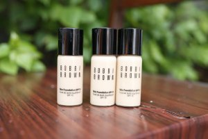 bobbi-brown-skin-foundation-spf15-pa