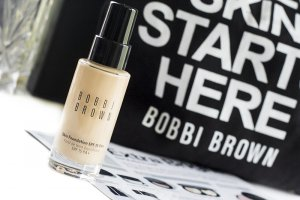 kem-nen-bobbi-brown-skin-foundation-spf15-pa