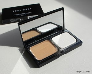 kem-nen-dang-bot-bobbi-brown-skin-weightless-powder-foundation