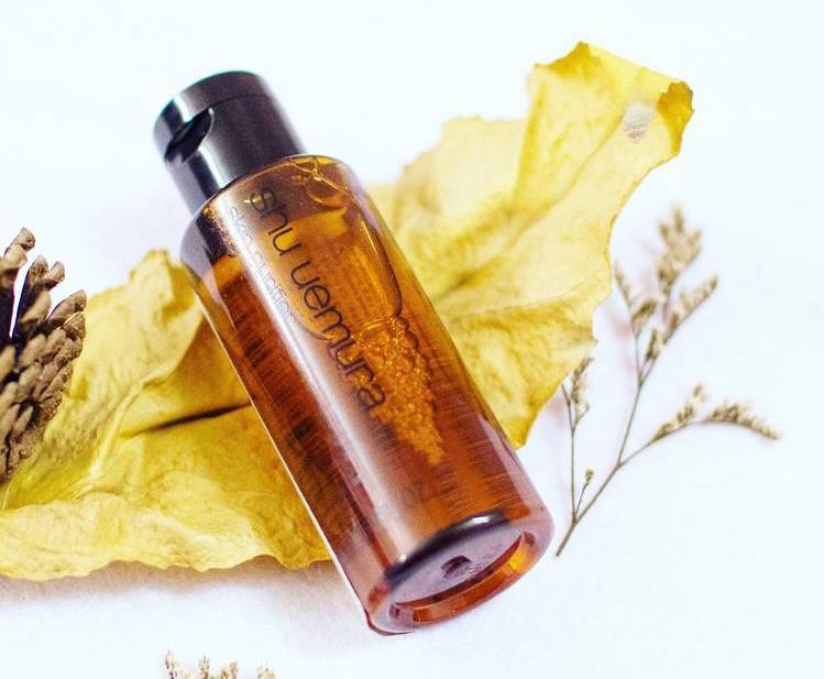 dau-tay-trang-shu-uemura-ultime8-sublime-beauty-cleansing-oil