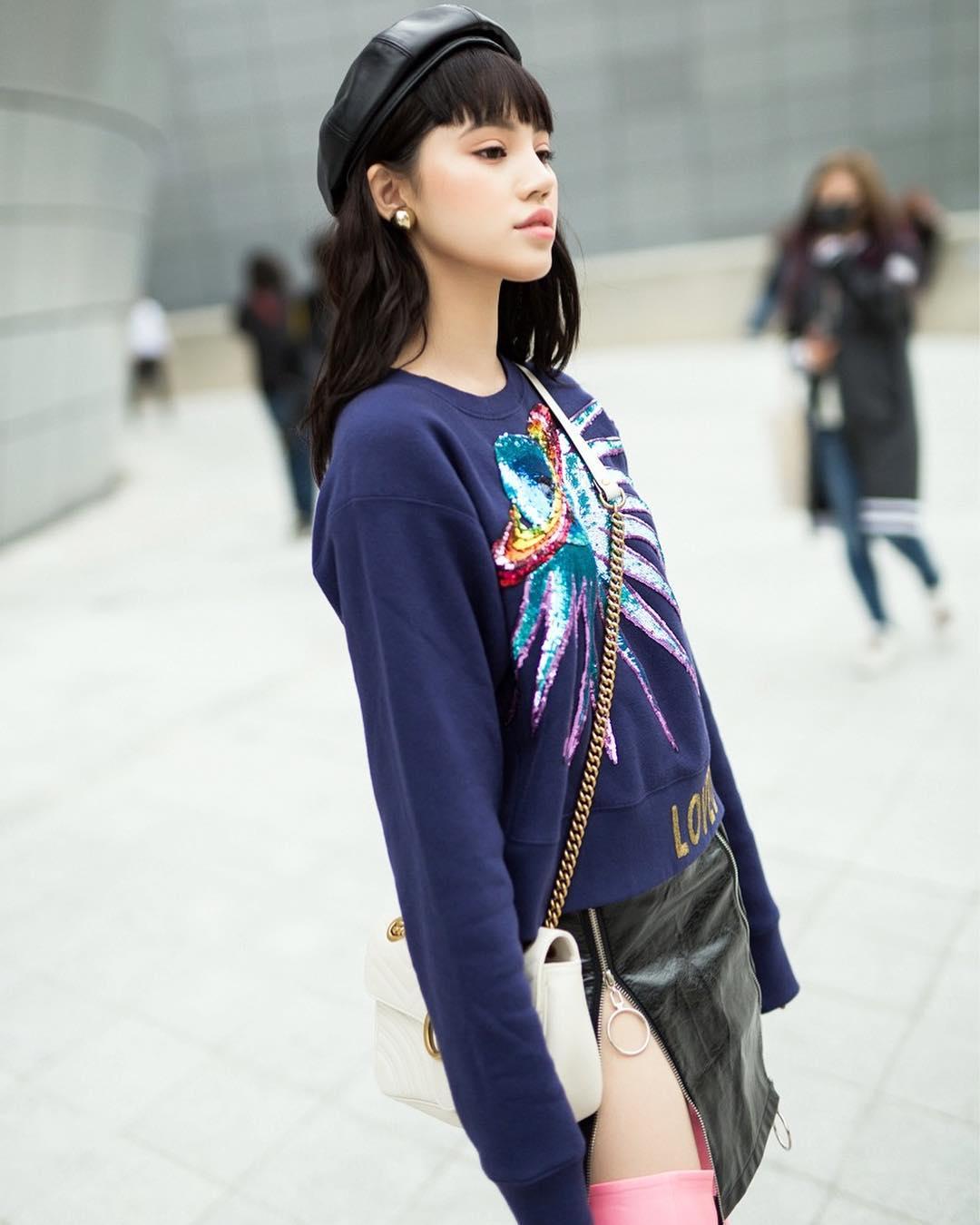 jolie-hoa-tiet-ngam-nghia-street-style-cua-sao-viet-tai-seoul-fashion-week