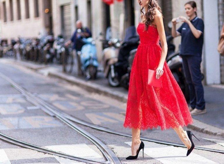 Trang phục sắc đỏ – sự lựa chọn hoàn hảo cho nàng đẹp nổi bật