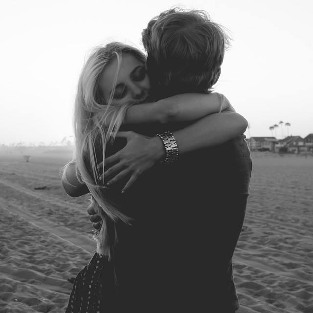 tác dụng của ôm nhau
