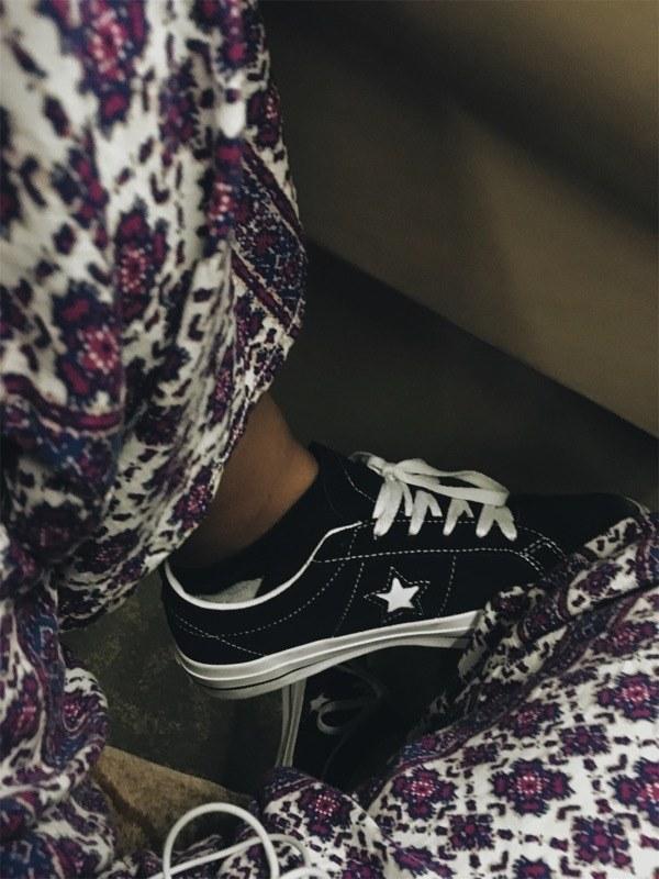 1-4-doi-giay-sneaker-kem-tieng-dang-duoc-phai-dep-me-man-copy