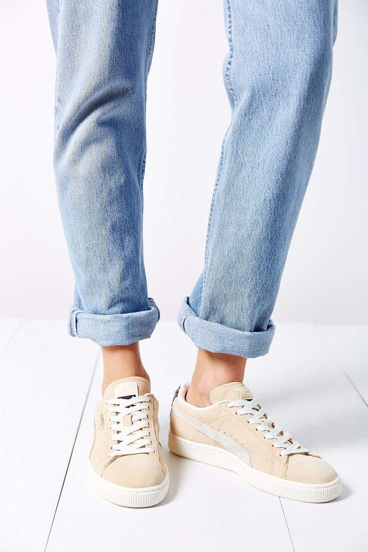 3-4-doi-giay-sneaker-kem-tieng-dang-duoc-phai-dep-me-man-copy