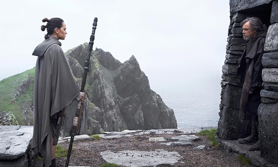7-the-last-jedi-lai-mot-phan-phim-hay-de-doi-tu-star-wars