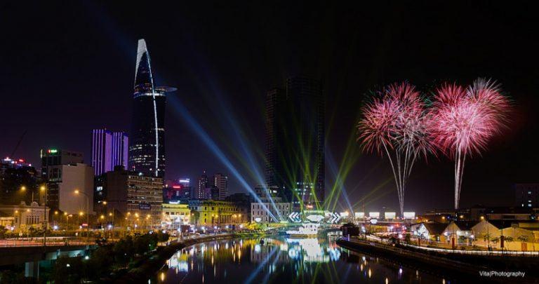 """4 địa điểm """"quẩy"""" giao thừa năm 2018 ở thành phố Hồ Chí Minh miễn phí"""