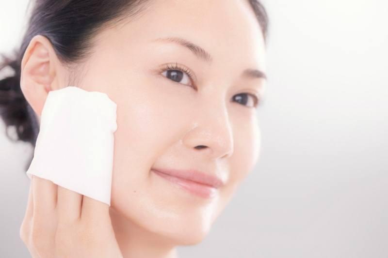 Bỏ túi ngay các bước chăm sóc da của phụ nữ Nhật Bản mỗi độ xuân về