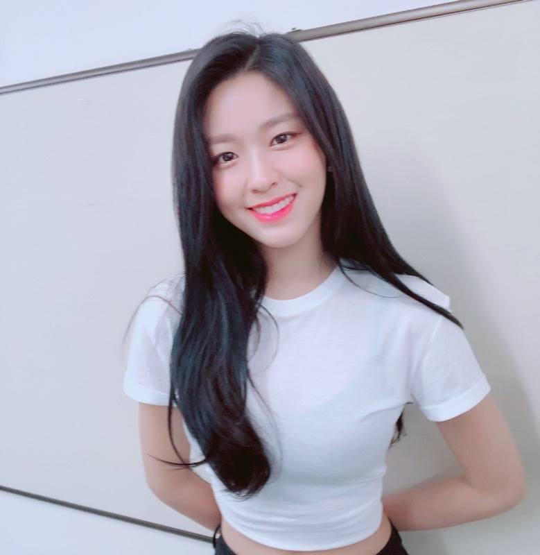 16-muon-co-cheap-moment-voi-idol-kpop-ban-nen-sam-nhung-thu-nay-copy