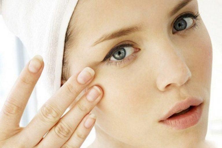 Tự tay làm mặt nạ cứu làn da thâm mụn, khô ráp và xỉn màu (Phần 1)