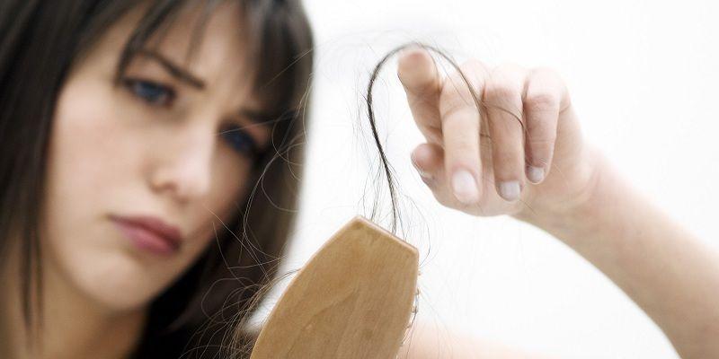 Đập tan nỗi ám ảnh rụng tóc mùa đông bằng những cách cực dễ